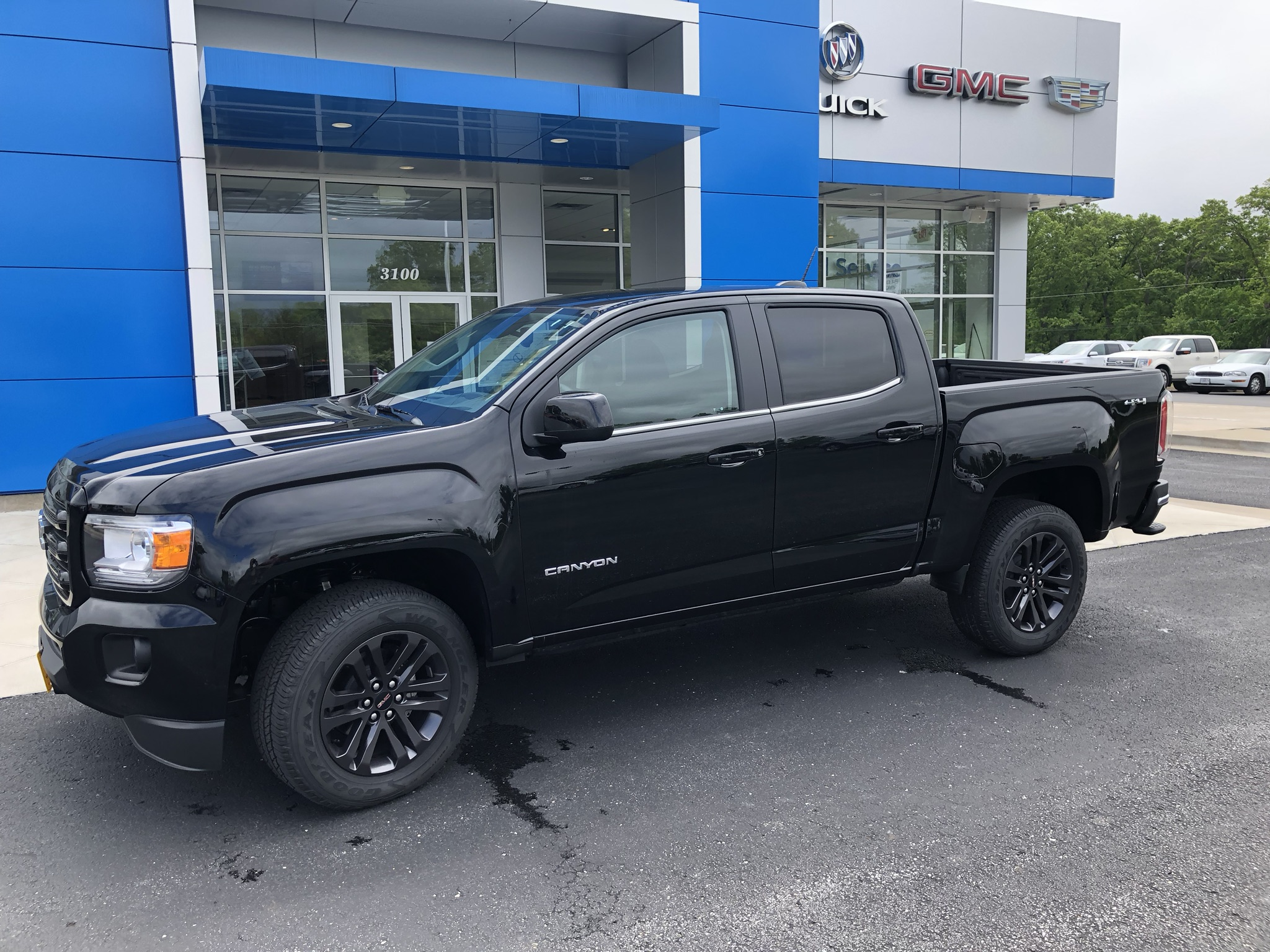 A 2020 GMC Canyon 4 by 4 truck