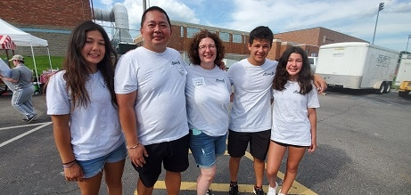 A photo of the Trung Tran family, superstar volunteers at the 2021 State Summer Games.